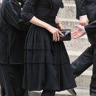 Etiquette for a Funeral Visitation Dress