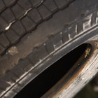 Cómo guardar neumáticos y llantas