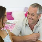 Tips on Fathers Talking to Teen Daughters