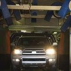Cómo cambiar la combinación del seguro de una puerta Ford