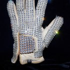 Cómo hacer el guante brillante de Michael Jackson