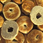 How Many Calories Are in a Bagel With Butter & Cream Cheese?