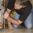 Cómo reparar un piloto que no se mantiene encendido en un calentador GE GP40T6A