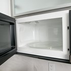 The Steps in Cooking Raw Foods in a Microwave