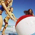 Cómo reparar una bola de playa perforada