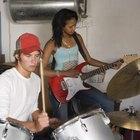 Cómo coordinar tus manos y pies tocando la batería