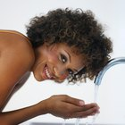 Cómo deshacerse de los poros agrandados en la piel negra