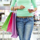 How to Purchase Items for Clients As a Personal Shopper