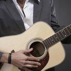 Cómo enderezar el cuello de una guitarra sin alma