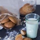 How to Make Soft Oatmeal Cookies