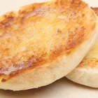 How to Make an English Muffin Pizza
