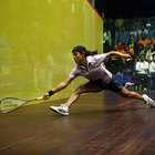 Raqueta de squash rígida vs. flexible