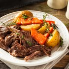 Cook Roast & Potatoes in a Slow Cooker