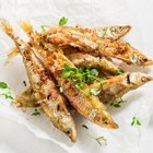 How to Cook Smelts in the Oven