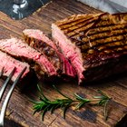 How to Cook a Top Sirloin Steak Medium Rare Without a Grill
