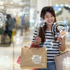 Differences Between Shopping at a Mall & Online Shopping