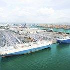 Advantages & Disadvantages of Liner Shipping