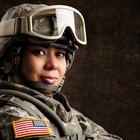 Cómo encontrar los expedientes militares de una persona