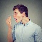 Curas para el mal aliento de la garganta