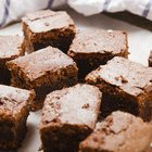 Substitute Sour Cream for Oil in Brownies