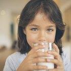 Consecuencias de beber leche vencida
