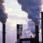 ¿Cómo contaminan el aire las fábricas?
