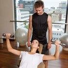 Cómo pueden las mujeres ganar volúmen con el entrenamiento de pesas