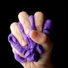 Cómo estirar los tendones de los dedos de las manos