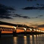 ¿Qué fuerzas se ejercen sobre un puente?