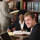 Qualifications to Become a Paralegal