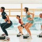 ¿Qué técnicas se pueden utilizar para motivar a las personas en una clase de ejercicios?