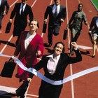 ¿Por qué es importante que una empresa obtenga una ventaja competitiva en un mercado?