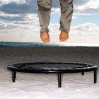 ¿Cuáles ejercicios en trampolín reducen el estómago?