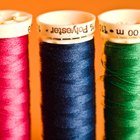 Cómo coser con poliéster elástico