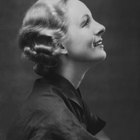 The Short Women's Haircuts of the 1940s