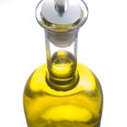 Natural Oils to Make Hair Straight