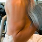 Me duele el brazo después de hacer ejercicios con pesas