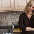 ¿Cuáles son las causas de una menstruación irregular cada dos semanas?