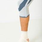 ¿Qué se puede hacer para evitar que la rodilla siga crujiendo cuando te agachas?