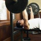 ¿Cuánto debo ser capaz de levantar en el banco de pesas si peso 135 libras (61 kilogramos)?