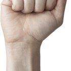 Cómo tratar temblores de la mano a través del ejercicio