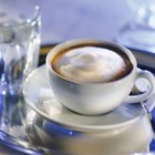 ¿La cafeína genera retención de agua?
