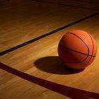 ¿Cuáles son los diferentes tipos de superficies para una cancha de basquetbol?
