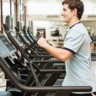 ¿Cuánto ejercicio cardiovascular debo hacer al intentar desarrollar mis músculos?