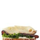 Calorías de un sandwich de pan integral de jamón y queso