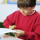 Actividad para preescolares de cortar y pegar cesta de frutas