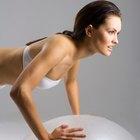 ¿Son las flexiones contra la pared un buen ejercicio para el pecho?