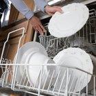Cómo hacer un detergente líquido natural para lavar platos usando aceites esenciales antibacteriales