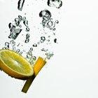 Las ventajas de salud del jugo de limón y el peligro de consumir demasiado