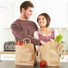 El presupuesto mensual promedio de alimento para dos personas